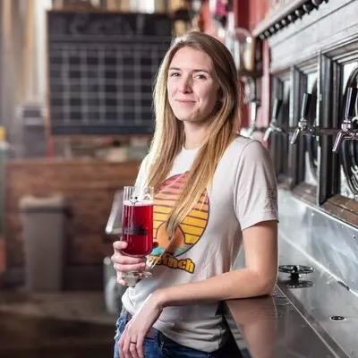 Rachel Howard-2, Head Brewer, Oozlefinch Beer _ Blending